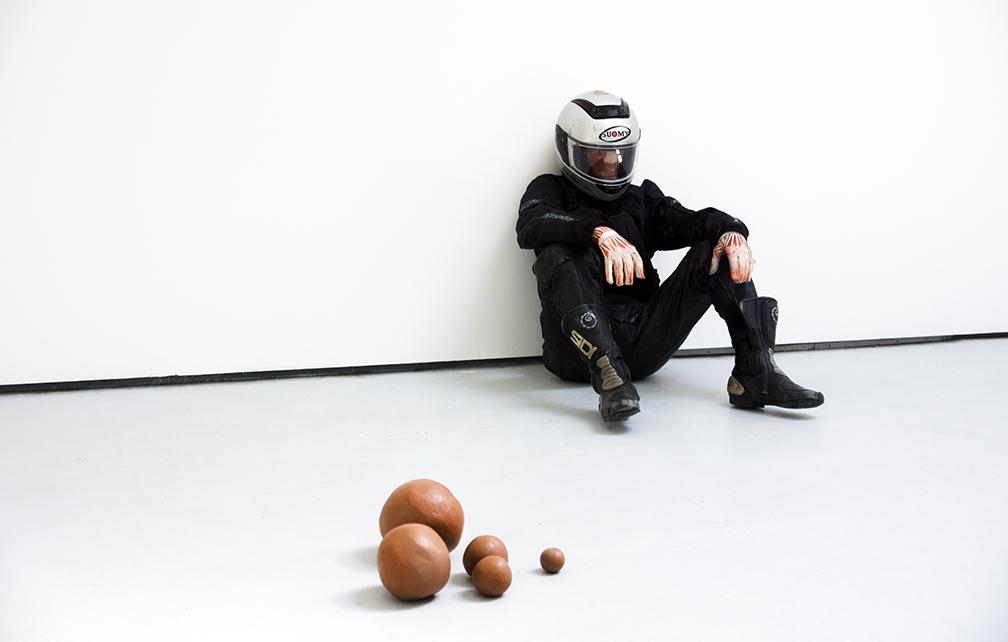 https://michalplata.com/files/gimgs/th-188_MPlata-gradshow-sculpture.jpg