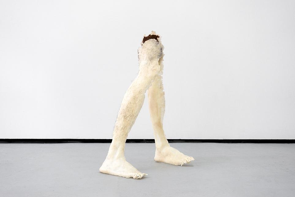 https://michalplata.com/files/gimgs/th-188_MPlata-gradshow-legs.jpg